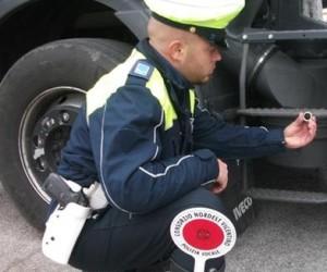 Calamita sul tachigrafo…. cosa incorre l'autista e/o l'impresa ?!