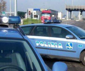 SOLDI IN CAMBIO DI MULTE! ARRESTATI 6 POLIZIOTTI!